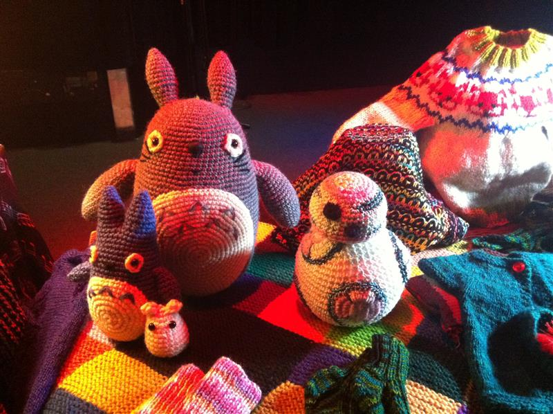 The Carringbush Hotel welcomes Crotchety Knitwits