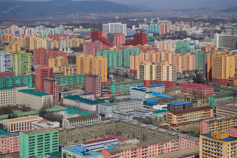BEYOND THE HEADLINES: PEOPLE AND PLACES IN THE PRIVATE REALM OF THE DEMOCRATIC PEOPLE'S REPUBLIC OF NORTH KOREA