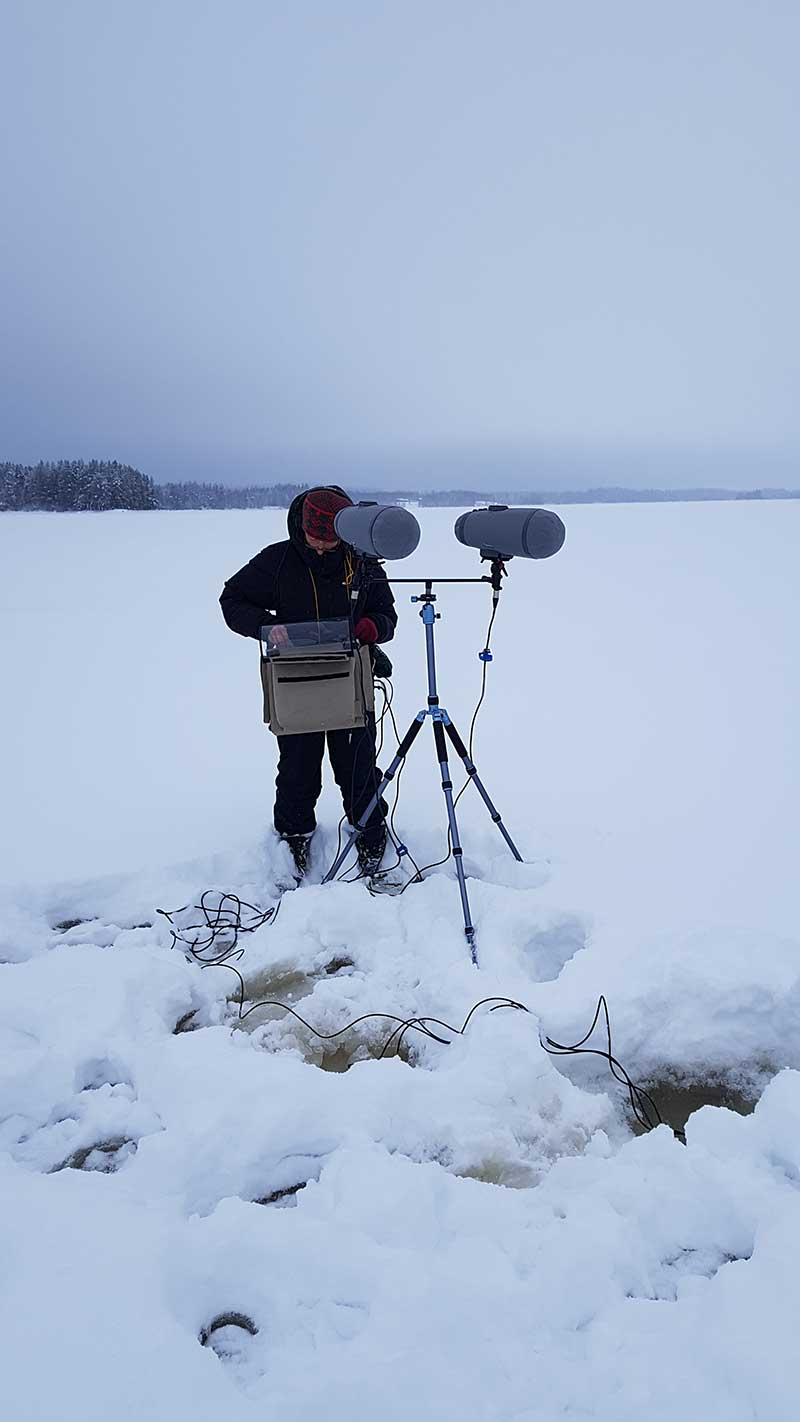 Philip Samartzis talks to artist Madelynne Cornish about the trials and tribulations of sonically documenting the Finnish winter landscape during her residency at the Serlachius Museum in Mänttä.